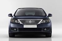 Renault Latitude 6 New Renault Latitude Sedan Takes Flagship Spot in Range Photos