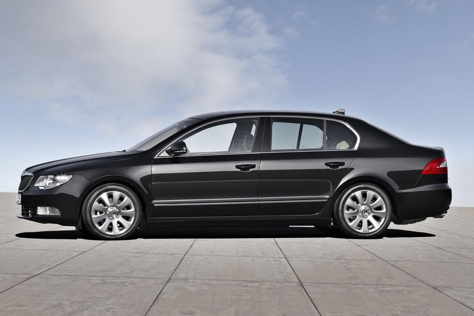 the car new skoda superb fastback design concept. Black Bedroom Furniture Sets. Home Design Ideas