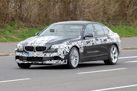 2011 BMW M5 1 SPIED 2011 BMW M5 Super Saloon Sheds More Camouflage Photos