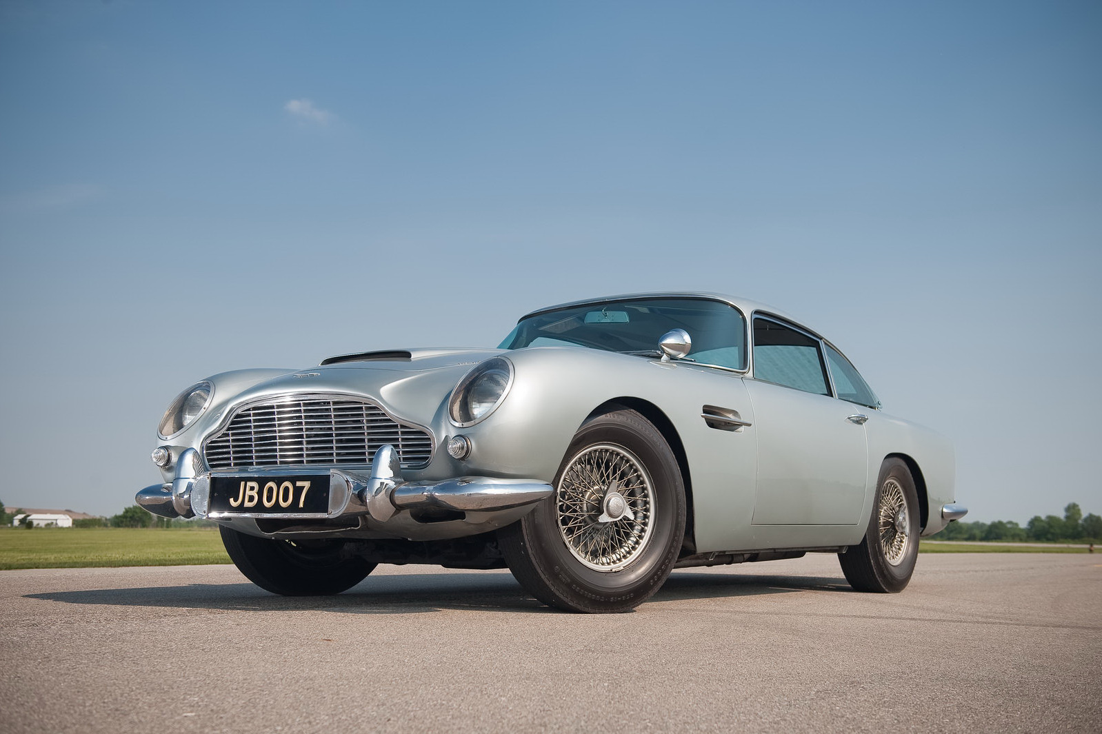 james bond 1964 aston martin db5 108 james bonds original 007 aston. Cars Review. Best American Auto & Cars Review