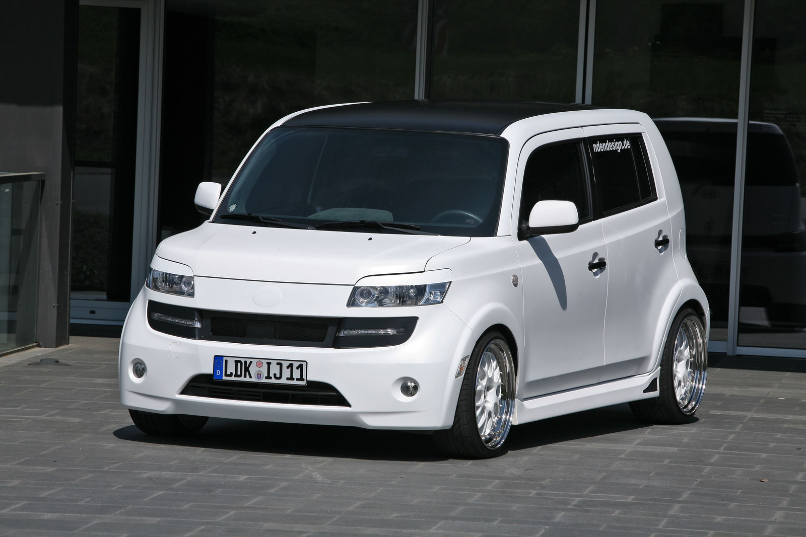 Sport Cars And The Concept: Daihatsu Materia Icecube by ...