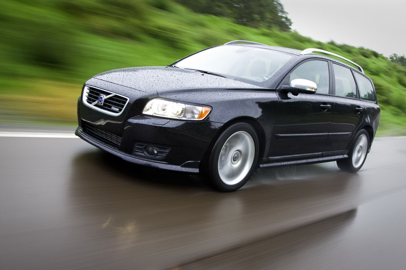 Carscoop Worldwide Recall For 2010 2011my Volvo C30 S40 And V50