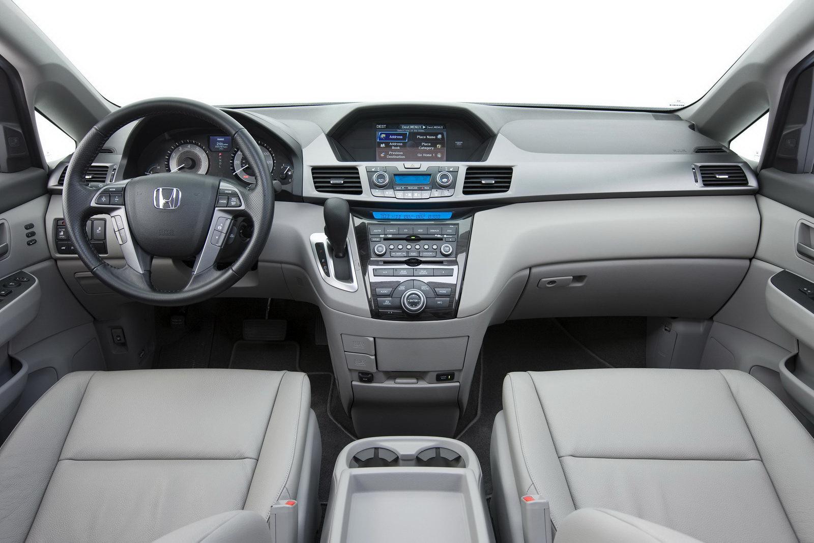 2011 Honda Odyssey Minivan Officially Revealed 45 Photos