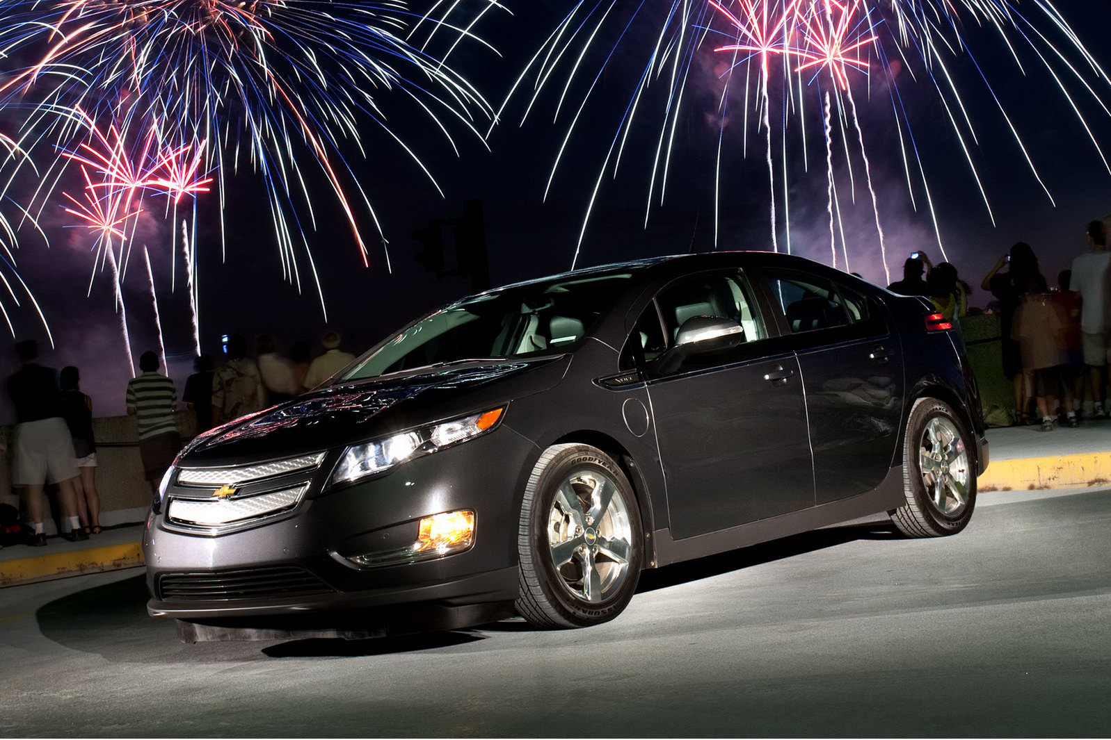 Carscoop: Chevy Volt's Batteries Protected by 8-Year ...