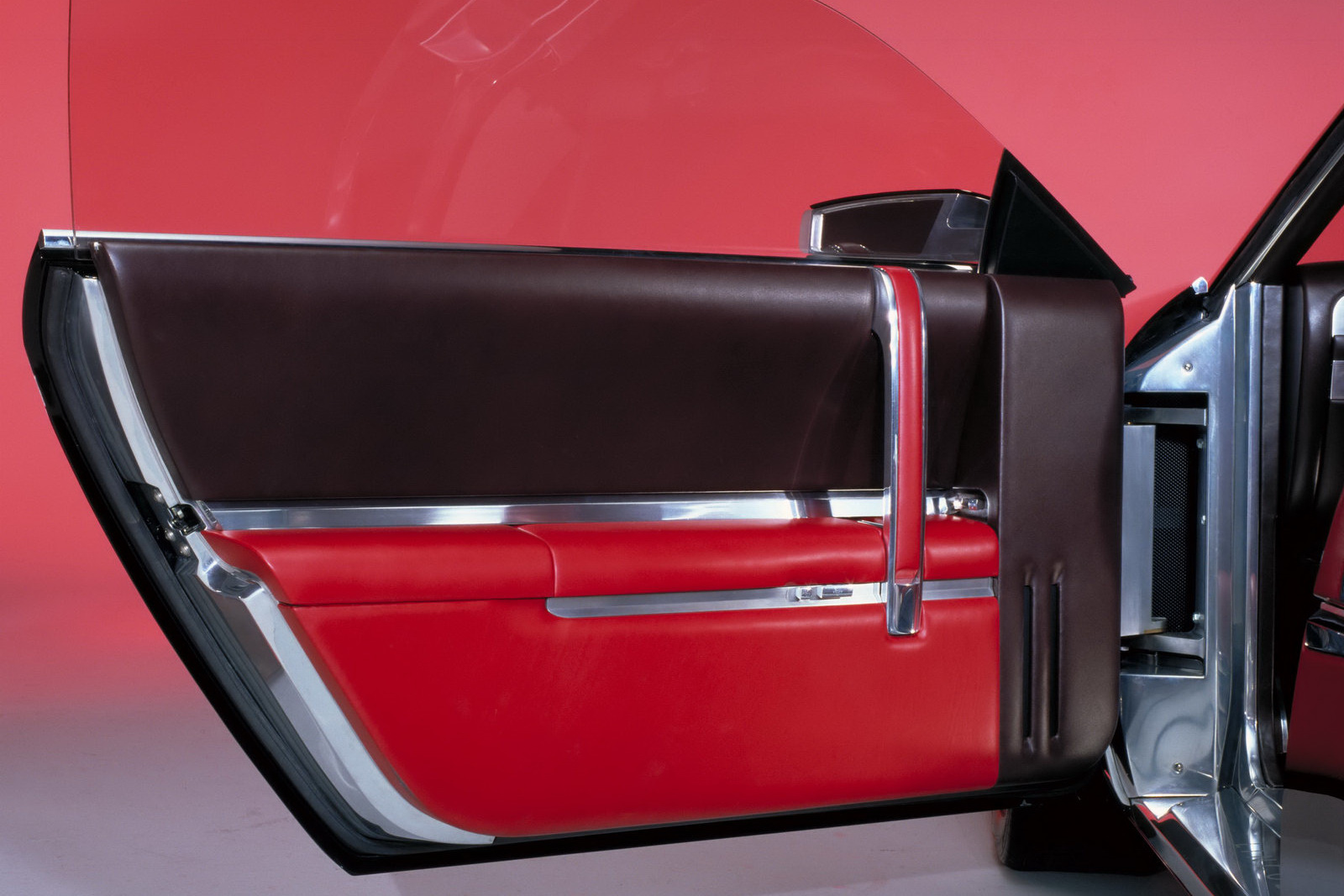 car scoop lincoln concept models including mk9 and mark x going up