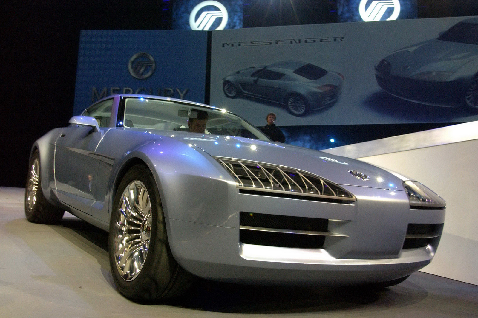 mercury 39 s 2003 messenger sports coupe concept also up for sale carscoops. Black Bedroom Furniture Sets. Home Design Ideas