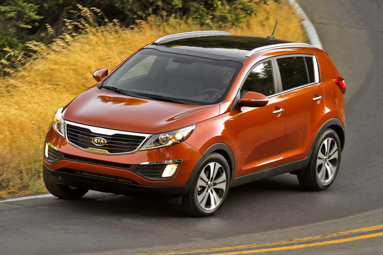 carscoop 2011 kia sportage pricing released starts from 18 990. Black Bedroom Furniture Sets. Home Design Ideas