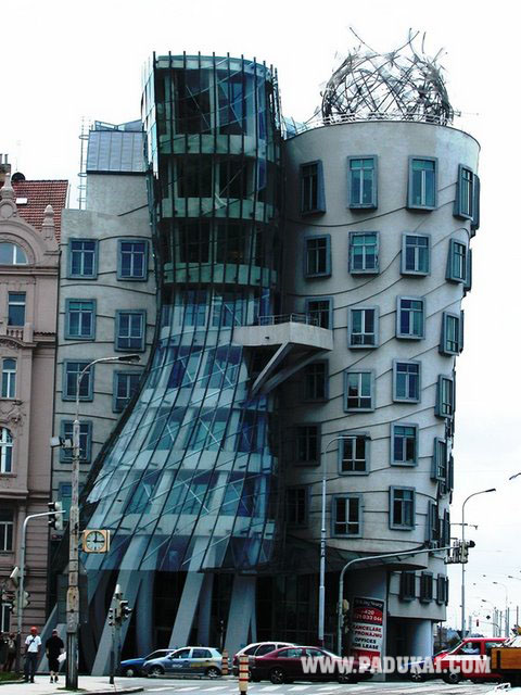 Win min amazing great building photos different types of for Amazing architecture houses