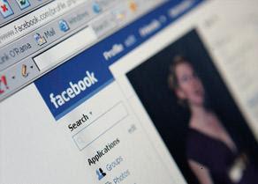 Ficcanaso sul profilo Facebook