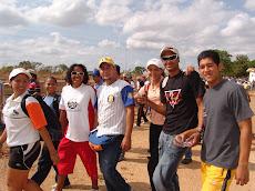 Los estudiantes se sumaron a la caminata