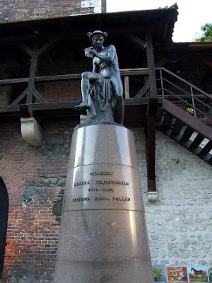 statue close to St. Florian's Gate