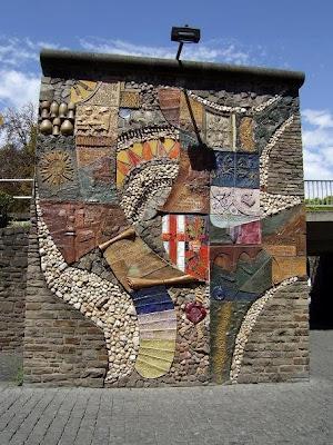Art on the bridge