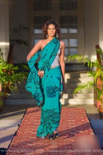[Chameera_Athapaththu_9_asiachicks.blogspot.com.jpg]