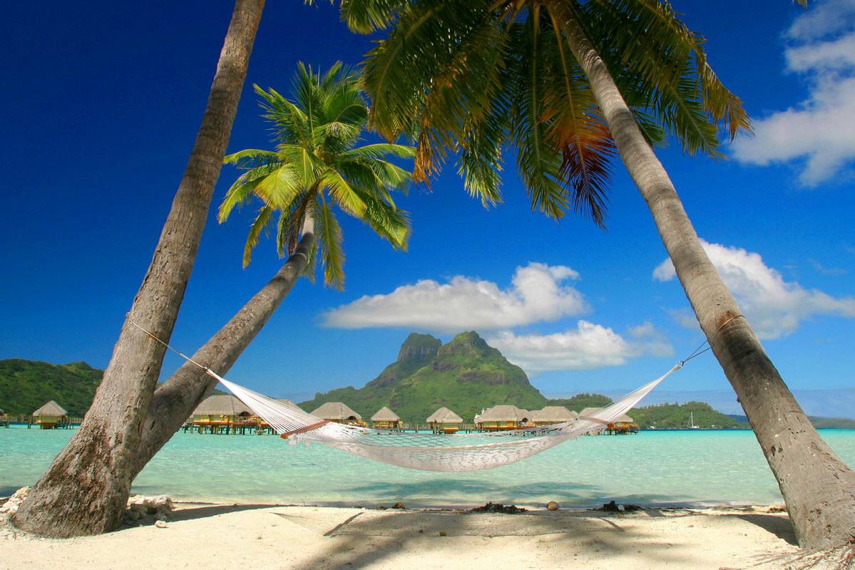 http://3.bp.blogspot.com/_FpWzWOXqHu4/TRErbrbioxI/AAAAAAAAAJU/qkJjZlUhOdk/s1600/Caribbean_beach.jpg