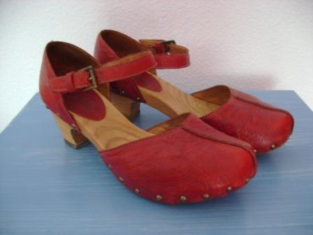 Zapatos los zapatos de patricia el blog de patricia for Modelos de zapateros en madera