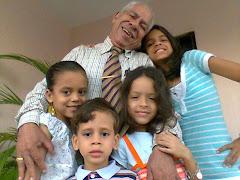 """""""Como un racimo de guineos"""", el abuelo Pedro Castillo López"""