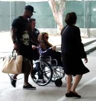 mariah carey wheelchair lax airport