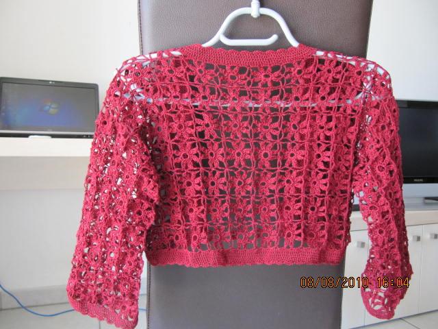 Taide: Bolero tejido a crochet con hilo de algodón