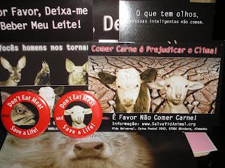 Brinde Gratis Kit 'Salva Vida Animal' em Português