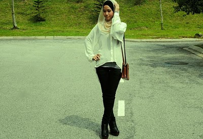 Muslimah Fashion Blogger on Haute Muslimah  Minimalist Fashion