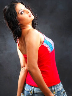 Latest Latest Pretty SOUTH GIRLS HOT PICTURES Stills