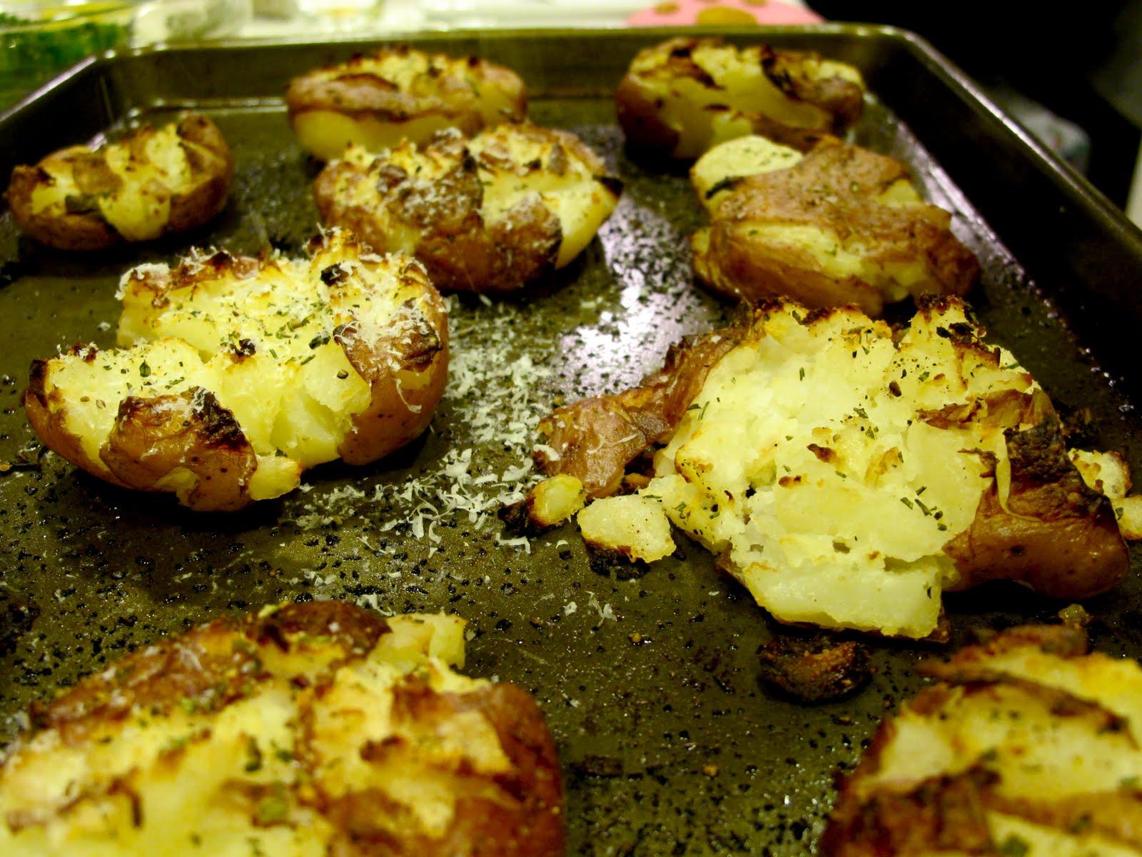 NuM NuM: Grilled Smashed Potatoes