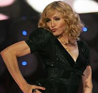 Η Madonna το παίζει ναζιάρα