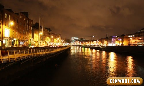 dublin liffey river night