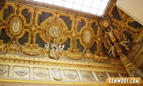 paris lourve museum ceiling