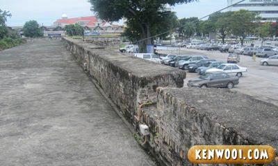 penang fort cornwallis wall