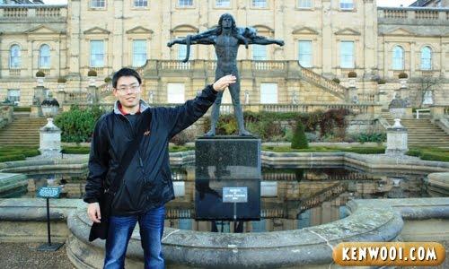 harewood leeds statue censored