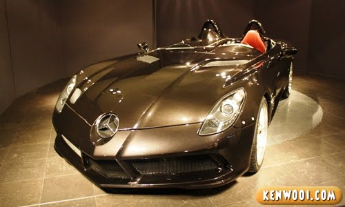 paris mercedes benz sports car