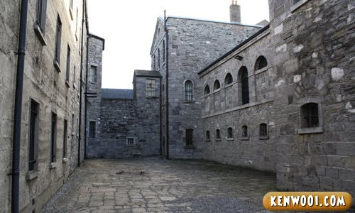 dublin kilmainham gaol inner walls