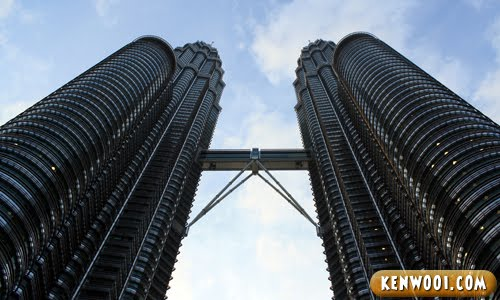 petronas twin towers upclose
