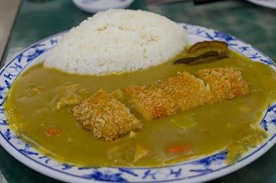 再點了個吉列海鮮咖喱飯會不會多了點?