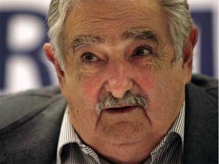 http://3.bp.blogspot.com/_FxCl-zDjIOQ/SxKtJ-W_cGI/AAAAAAAAEd0/TA7lm8YCkfo/s1600/Mujica.bmp
