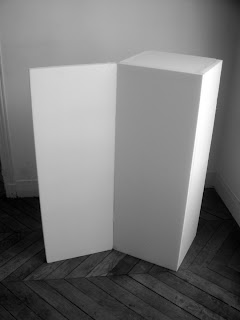 pedestal-flap