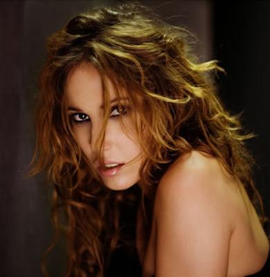 cantante española María Lucía Sánchez Benítez