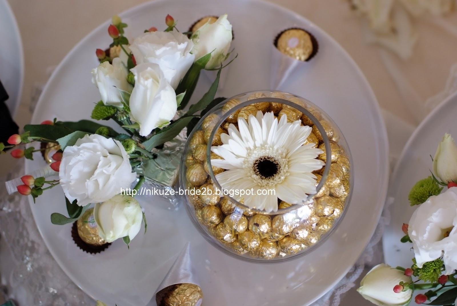 gubahan hantaran hati: contoh bunga pahar atau bunga telur dip.