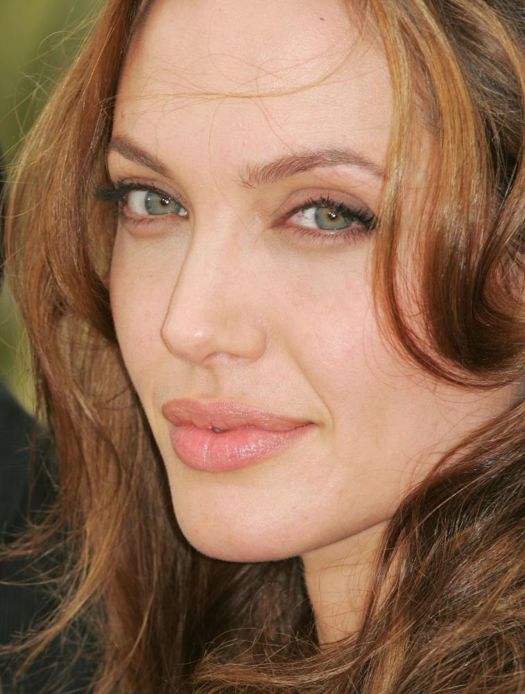 Angelina Jolie, top sexy hollywood artist, Top Selebrities Hollywood