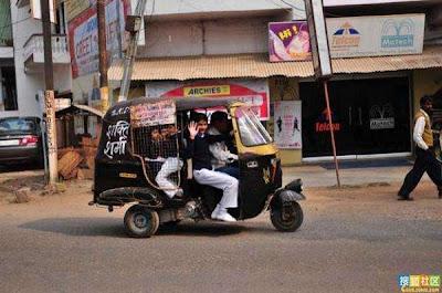 School Buses in India