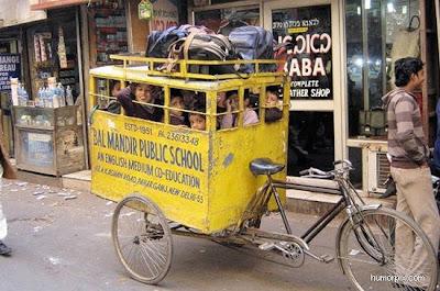 [Image: school_buses_in_india_01.jpg]