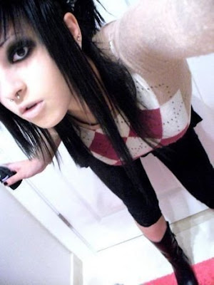 emo fashion style for hair