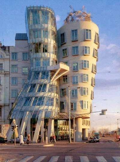 [Strange_Buildings_26.jpg]