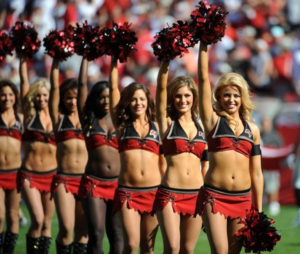 Nue nfl cheerleader photos