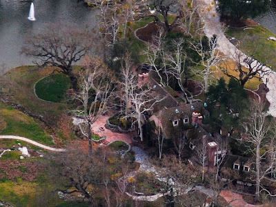 neverland ranch 32 Neverland, kediaman Michael Jackson