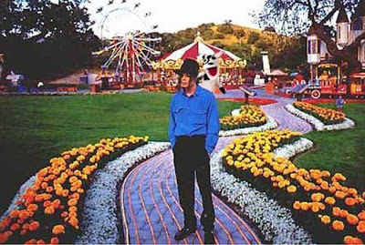 neverland ranch 02 Neverland, kediaman Michael Jackson