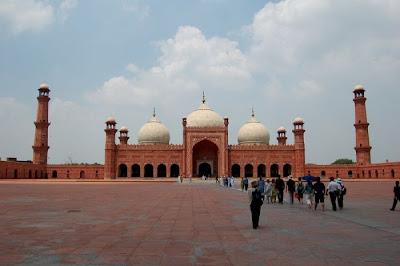 آجمل المساجد حول العآلم beautiful_mosques_11