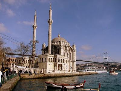 آجمل المساجد حول العآلم beautiful_mosques_17