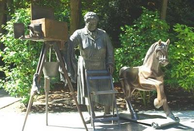 Oviedo, escultura La torera